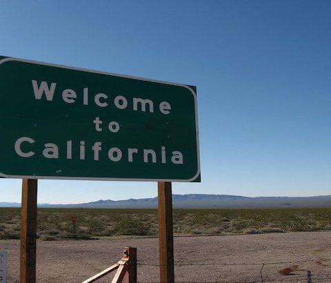 WelcomeToCaliforniaSign